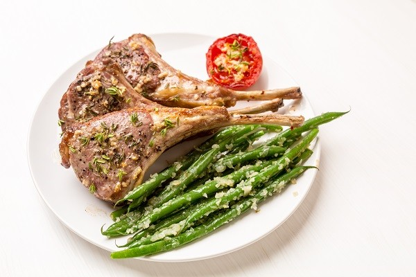 Lamb Chops with Green Beans