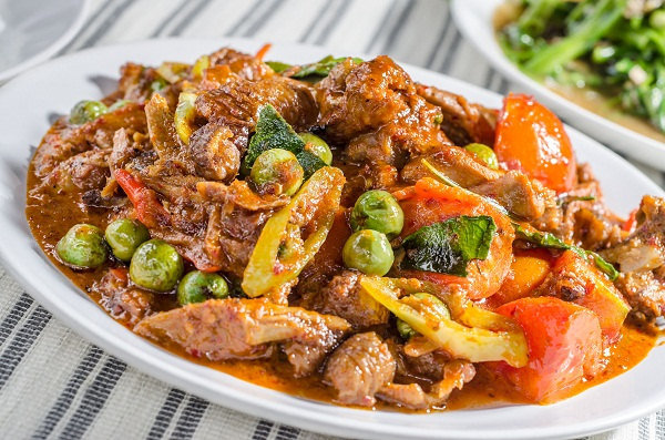 Bodytrim-Beef-Tomato-and-Pea-Curry-Weight-loss-Recipe-Image