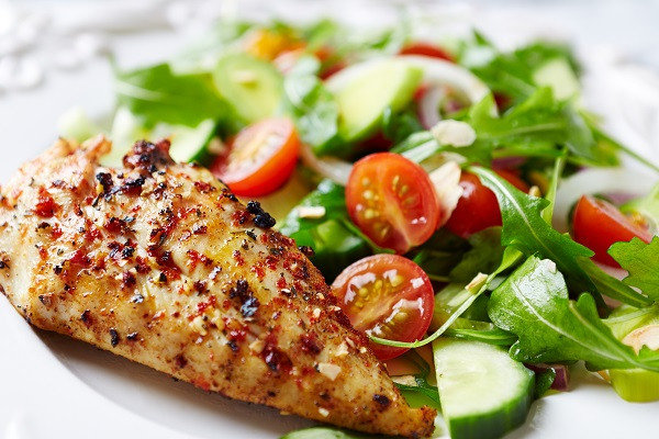 Bodytrim-Weight-loss-Recipe-Dukkah-Crusted-chicken-caesar-salad