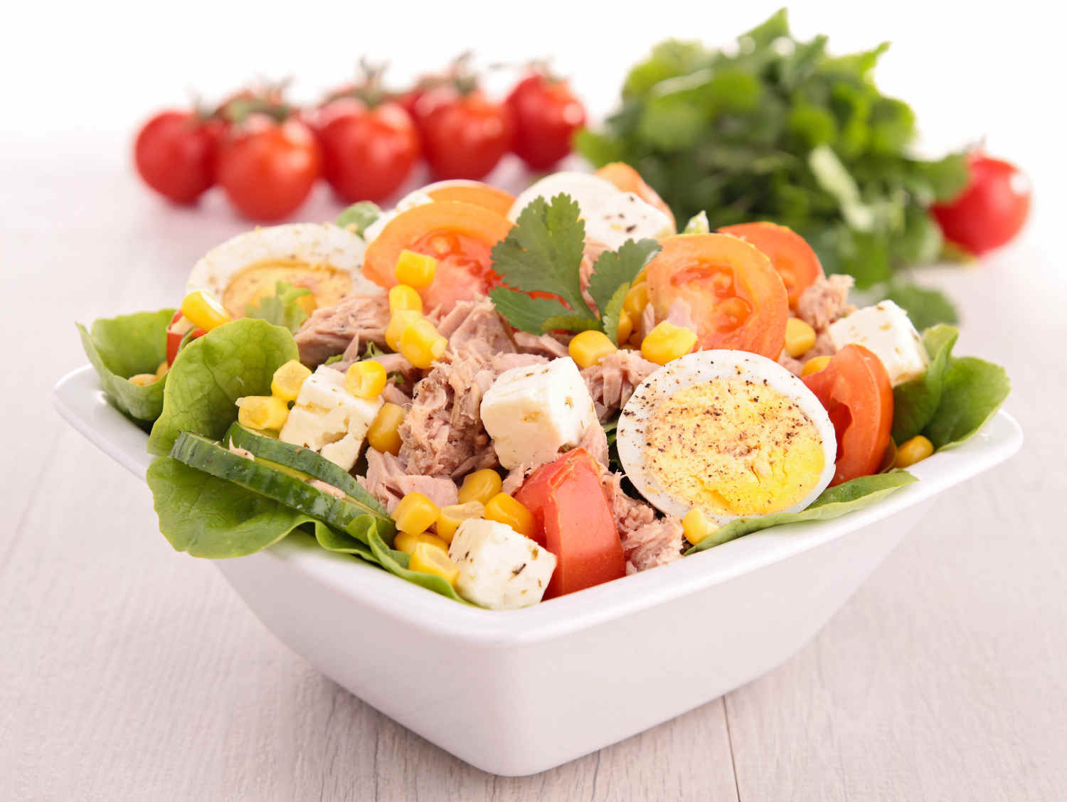 Bodytrim-Egg-Tuna-Corn-Salad-Weight-loss-Recipe-Image